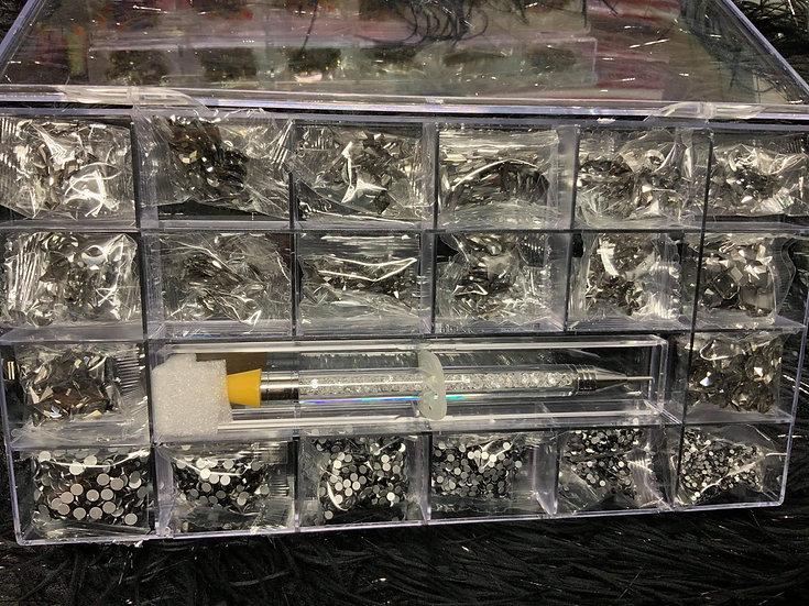 Black Rhinestones Box (700+ pcs)
