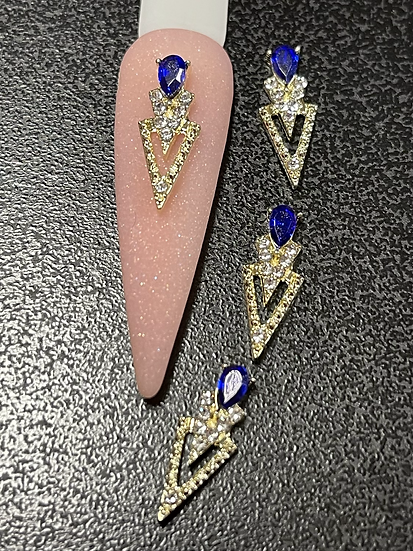 Triangle Charms with royal blue (4pcs)