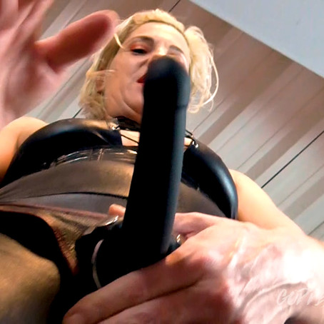 GT115 Cock Sucking Double Dom Guest Staring Madame Vanquish
