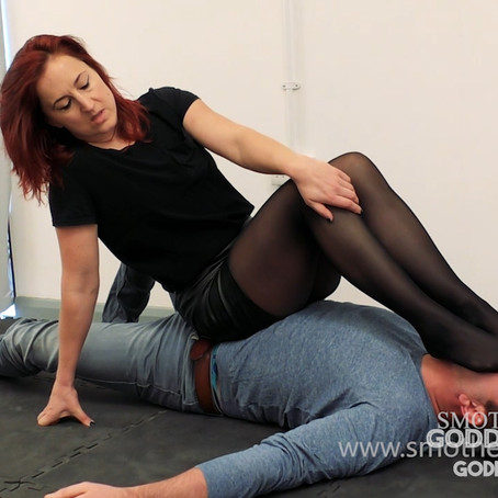 GT023 PantyHose foot smothering