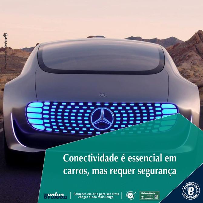 Conectividade é essencial em carros, mas requer segurança.