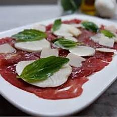 Carpaccio Boeuf / Mozzarella / Parmesan