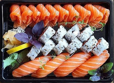 Nice sushi 3.jpg