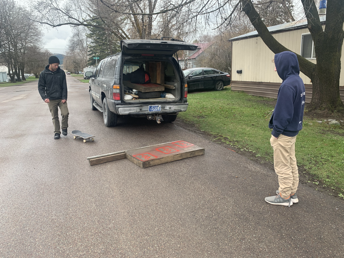 Christmas Comes Early: Skate Boxes Given for Skaters to Skate from Home