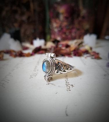 Labradorite Poison Ring