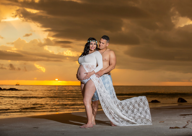 Maternity photo at sunset