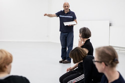 Teaching at Tanzwerkstatt Europa, photo by Laura Morcillo