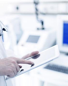 Доктор Использование цифровых планшетных