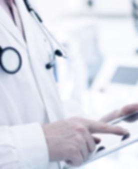 Doktor Using Digital-Tablette