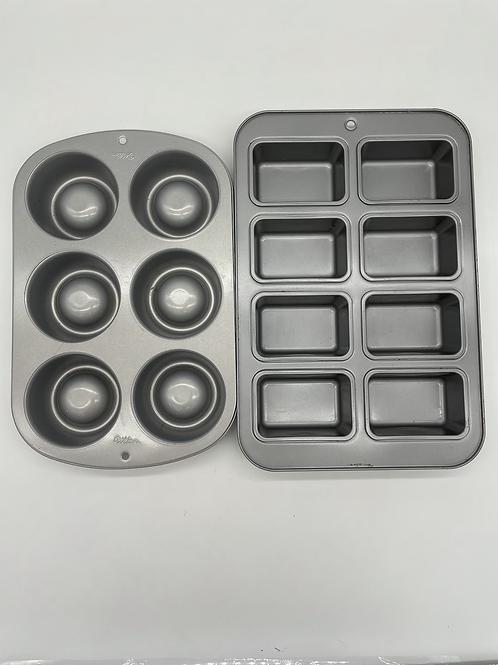 Wilton Baking Trays
