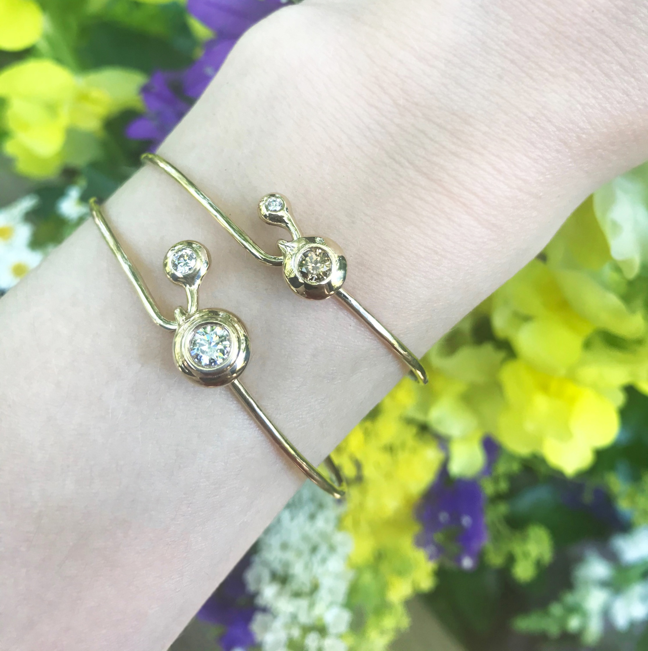 14KY Diamond Latch Bangle Bracelets