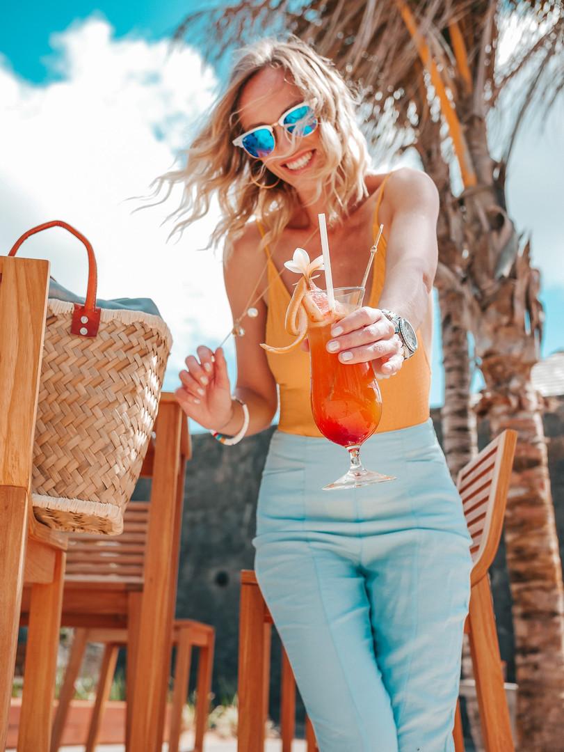 resort social media content