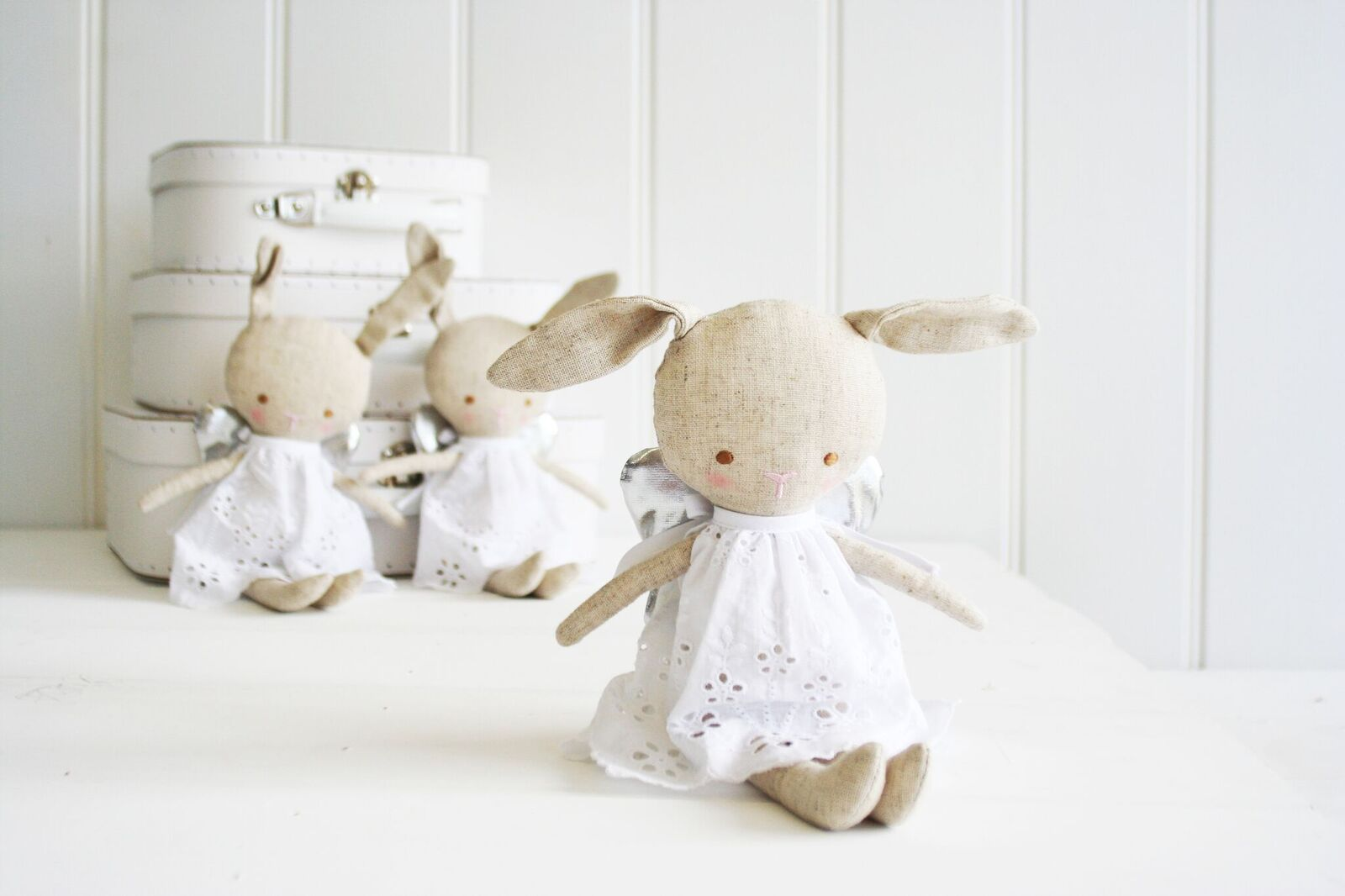 Alimrose Lifestyle angel bunnies