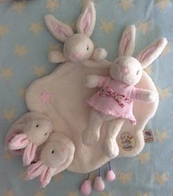 baby fifi comforter 1