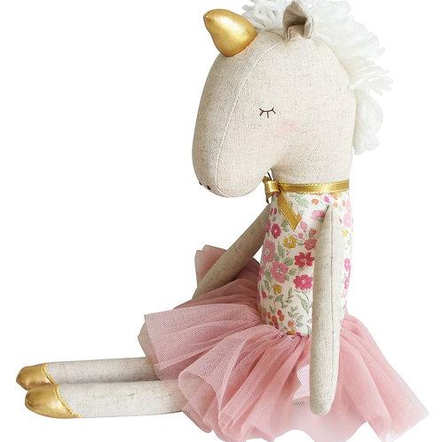 Yvette Unicorn Rose Garden