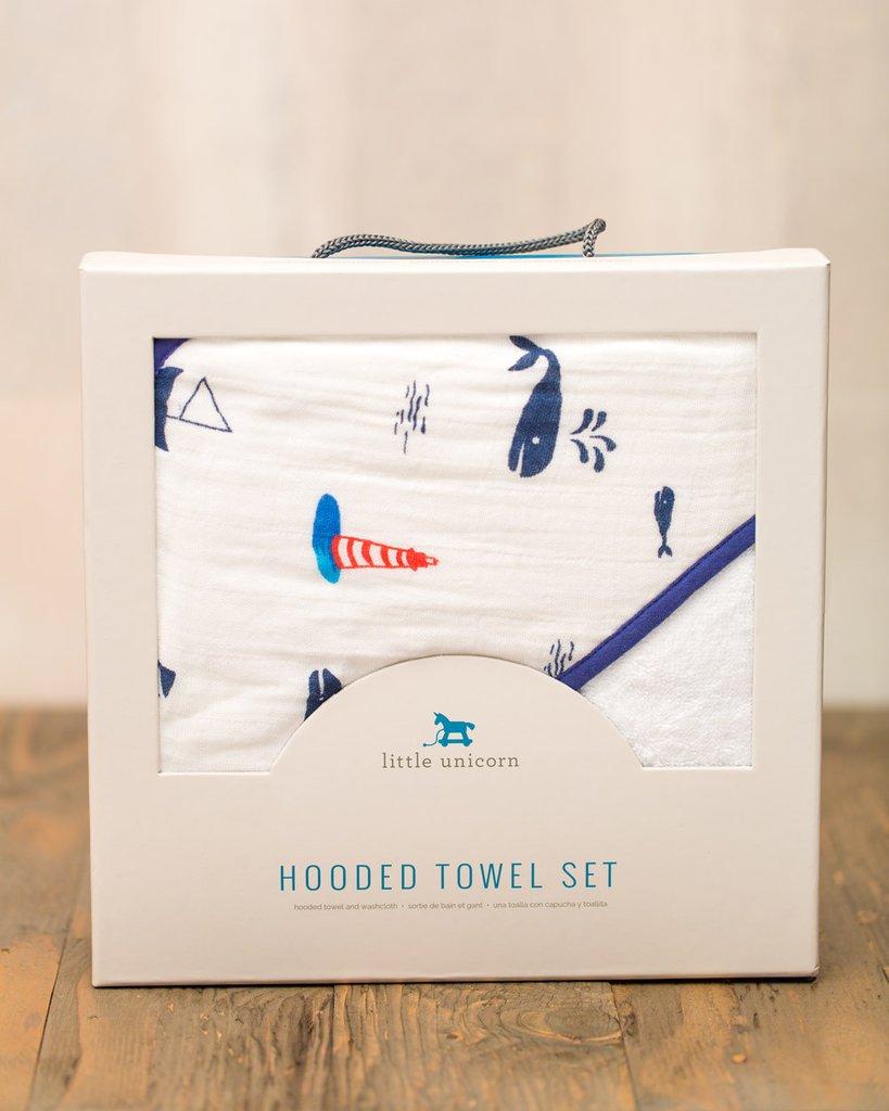 HOODED TOWEL SET - NAUTICAL HARBOR 1