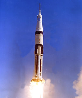 apollo7saturn1b.jpg