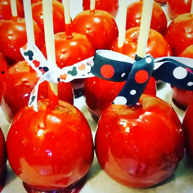 Old Fashioned Cherry Candy Apples
