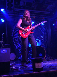 Lindy Day - undiscovered female lead guitarist