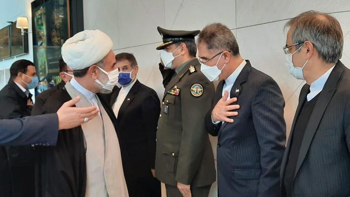 İranın parlament heyəti Bakıya səfərə gəlib
