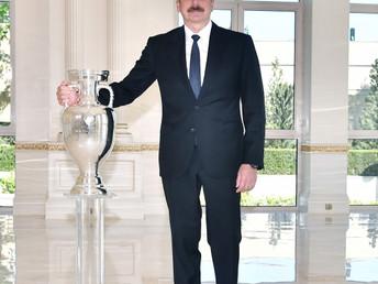 AVRO-2020-nin kuboku Prezident İlham Əliyevə təqdim olunub VİDEO