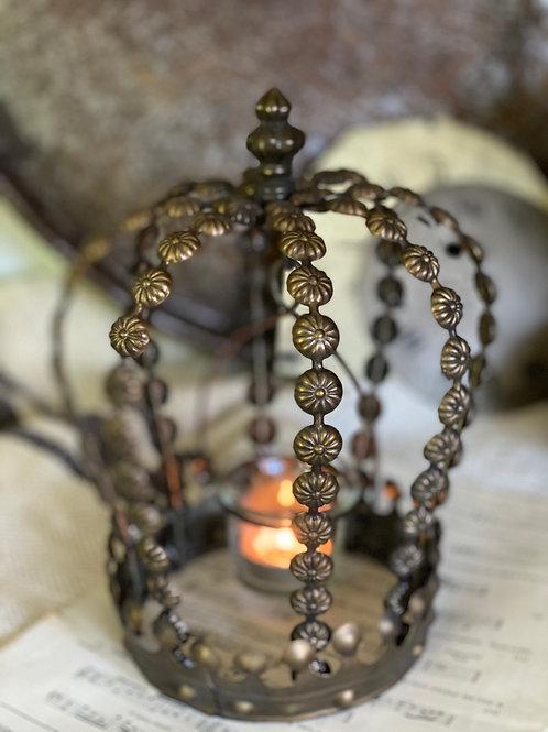 Crown lanterns