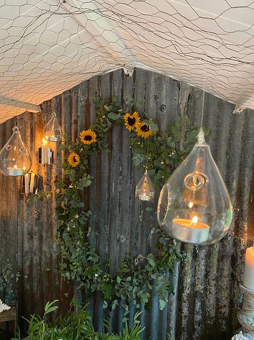 Glass hanging tea lightholders