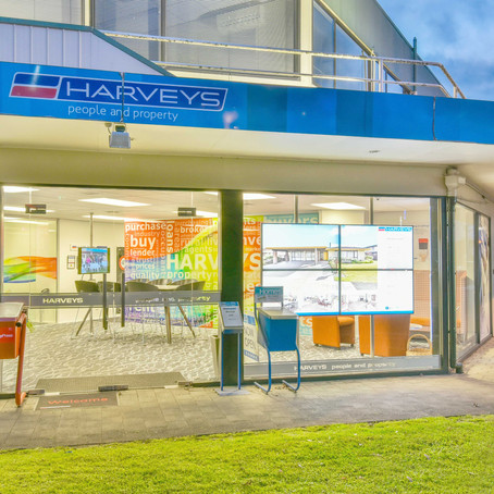 Why choose a Harvey's Agent?