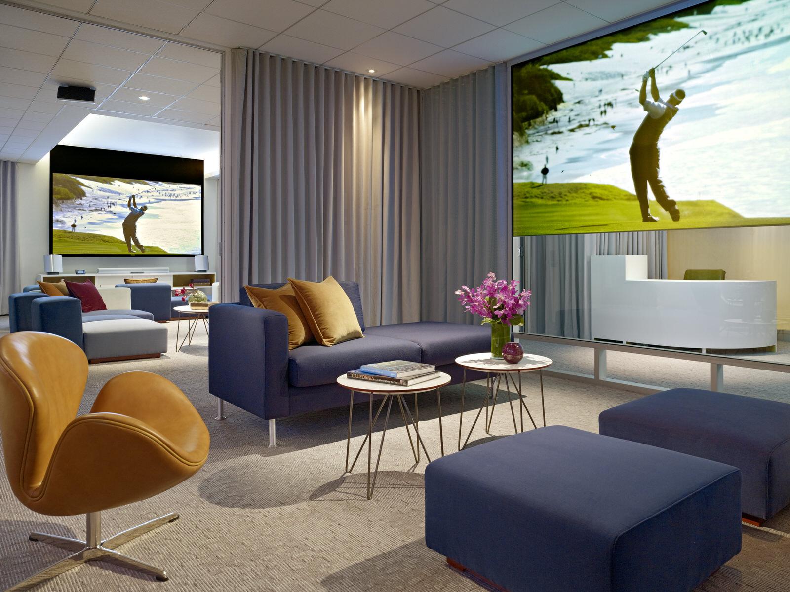 Media Lounge3