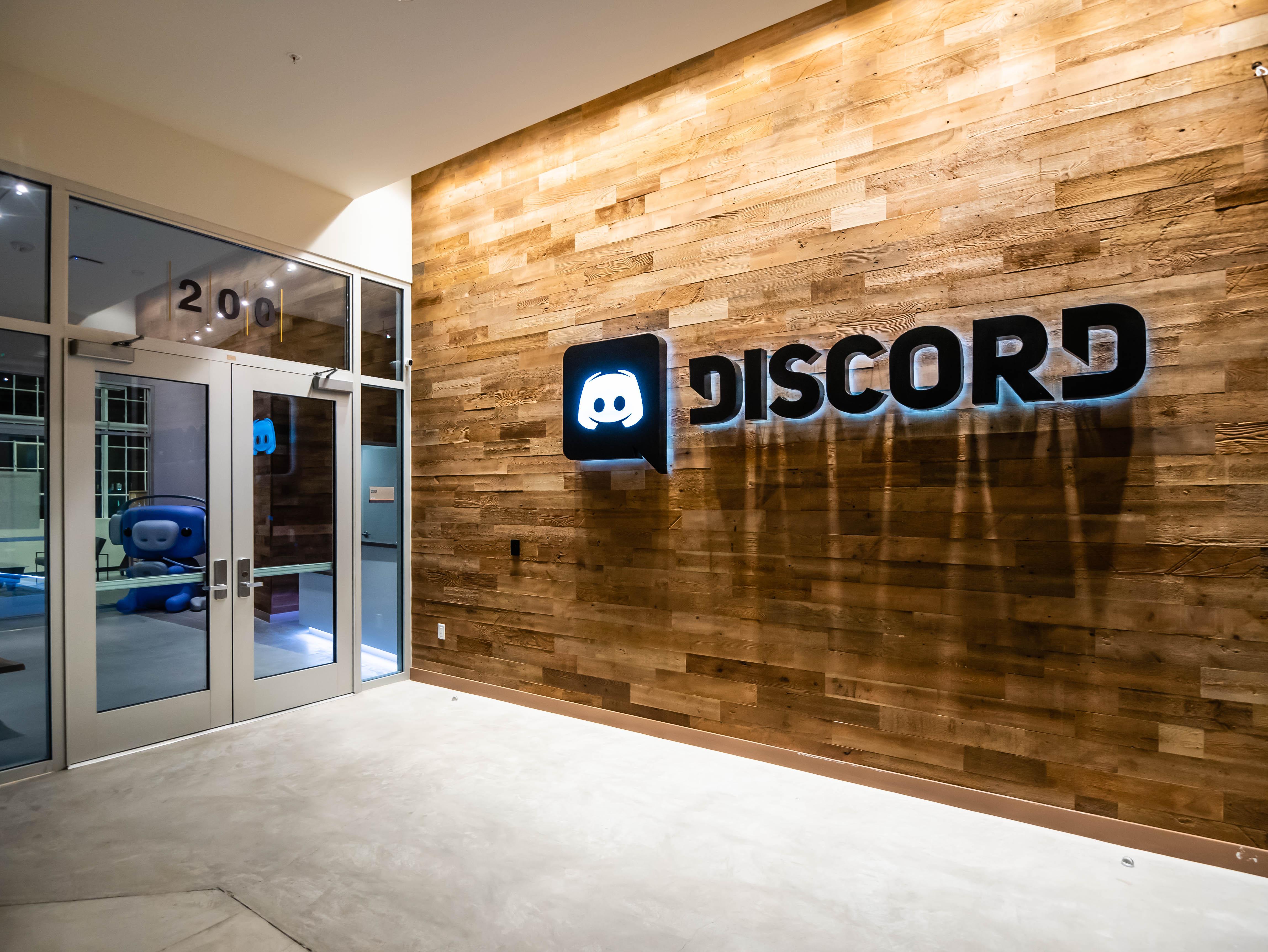 Discord (15)