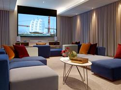 Media Lounge2
