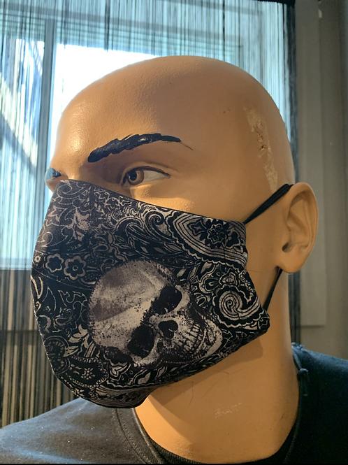 Masque moulé à crâne