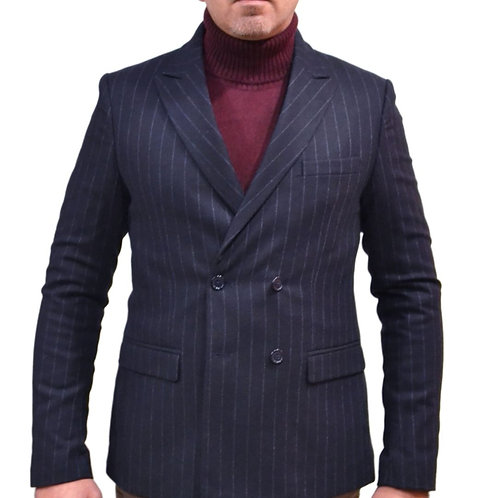 Double-breasted suit of the wool
