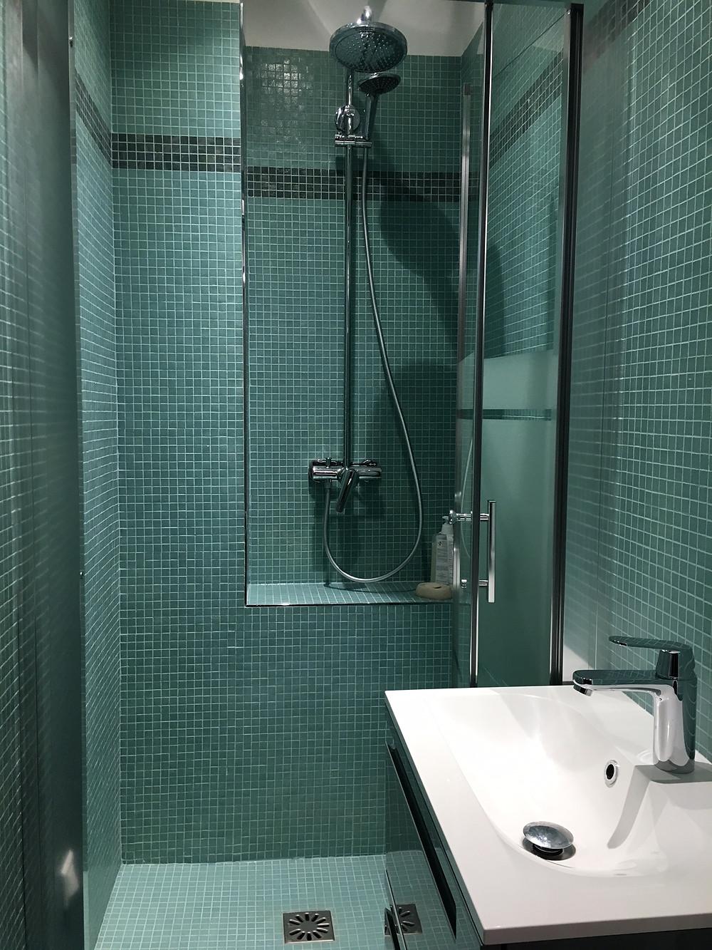 odile Fiore Peinture Décoration, rénovation salle de bain.