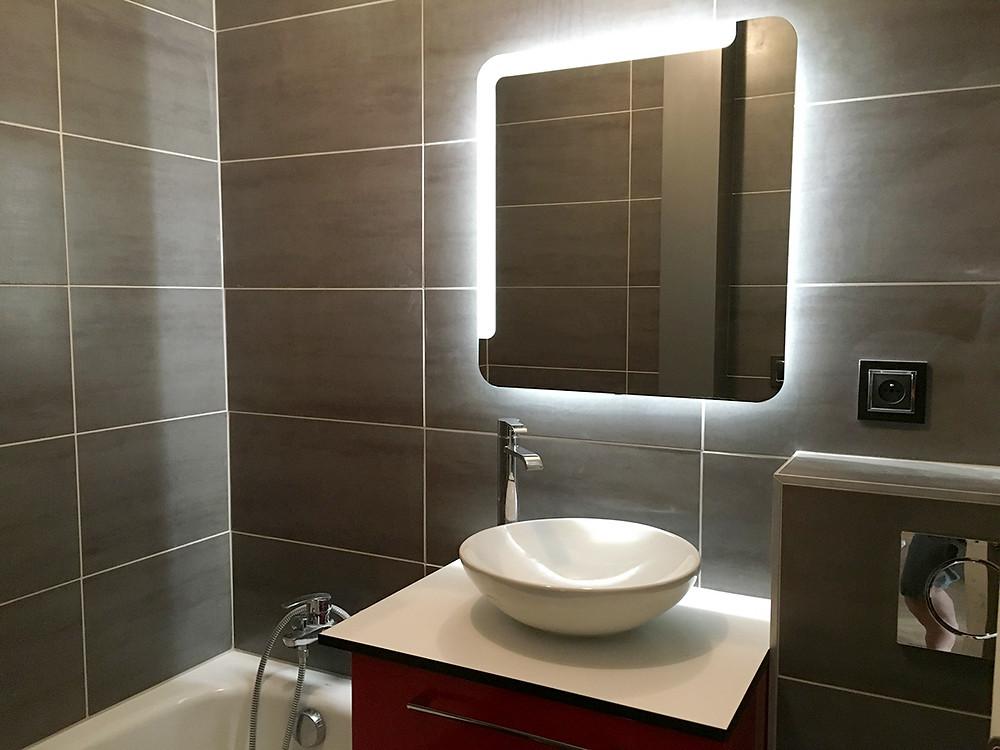Odile Fiore Peinture Décoration, rénovation salle de bain, carreaux de ciments et plaque de marbre.