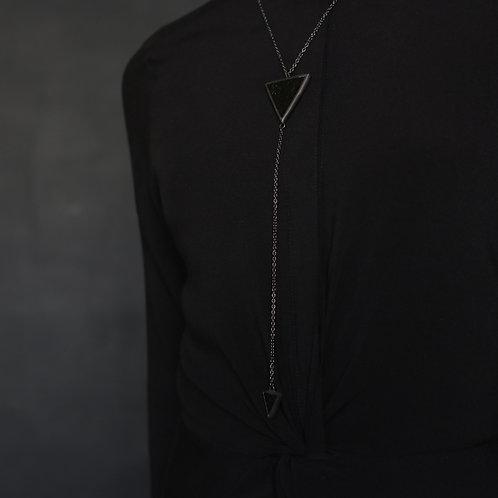 """Кулон """"Два треугольных элемента"""" полностью в черном оформлении"""