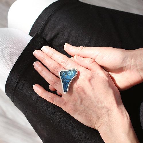 Кольцо обтекаемой формы