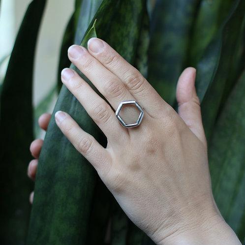 Кольцо шестигранник из прозрачного стекла