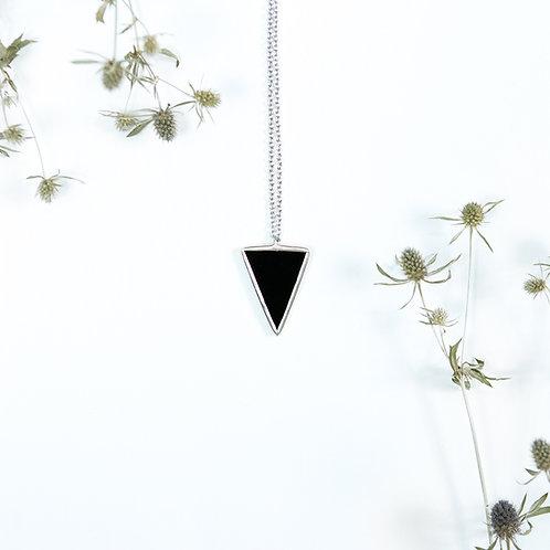 Черный треугольный кулон 2,5 х 3,5 х 3,5