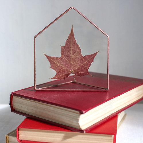 Декор с кленовым листом