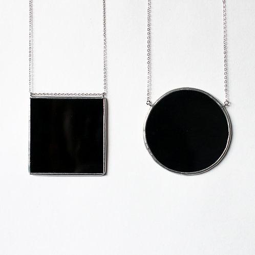 """Крупные кулоны """"Черный круг"""" и """"Черный квадрат"""""""