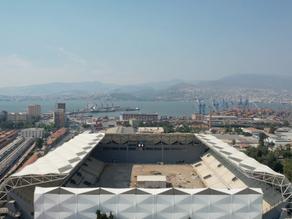 Yenilenen Alsancak Stadyumu Kapılarını Açıyor