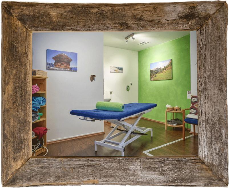 Behandlungsraum1.jpg