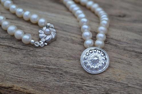 Pearl Button Choker