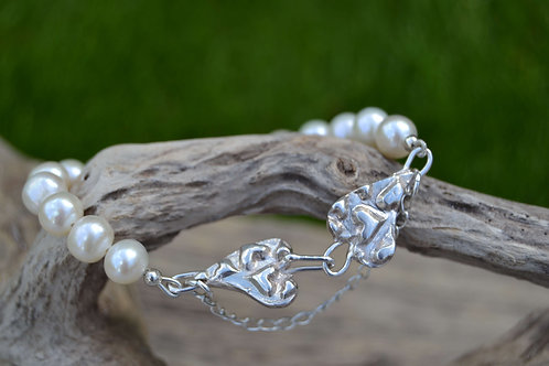 Pearl And Heart Bracelet