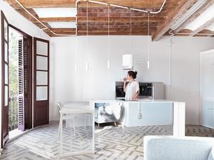 Texturas e luminosidade no pequeno apartamento