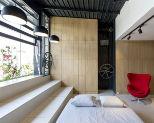 Poucos móveis e linhas minimalistas