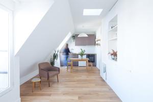 Sótão remodelado para charmoso apartamento