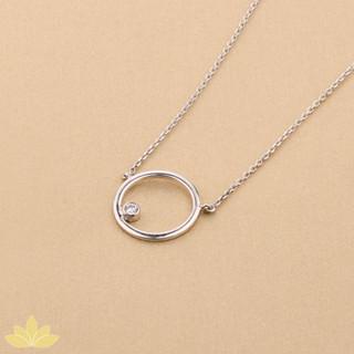 P005 - Silver Round Pendant with Single Stone