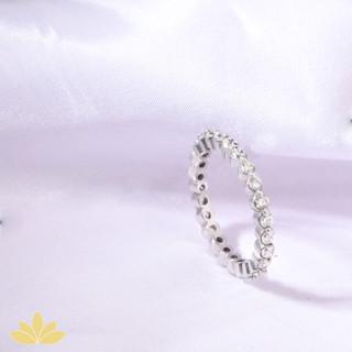 R021 - Round Stone Ring Band